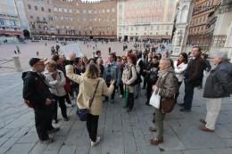 Siena-Trekking-Urbano-Piazza-del-campo